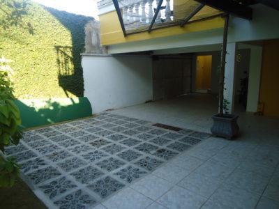 16- Casa 03 Chalé, Garagem2