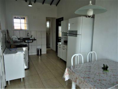 2- Casa 03 Chalé, Cozinha1