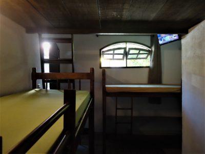 4- Casa 06 - Suite, Dormitórios